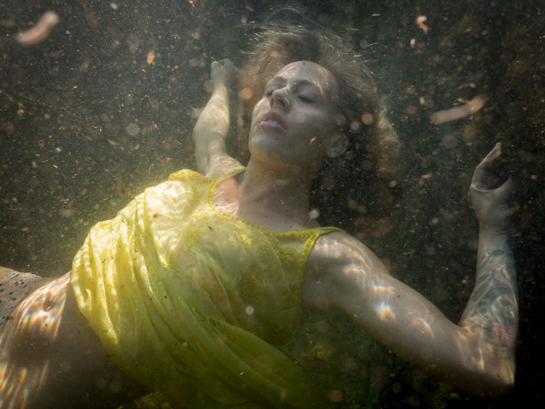 Julieta-Underwater-Photography-Portraits-11