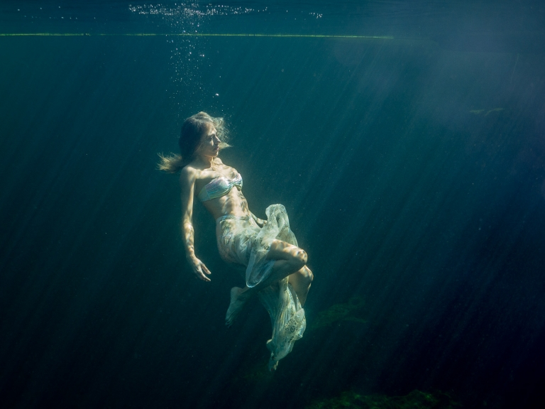 Julieta-Underwater-Photography-Portraits-14