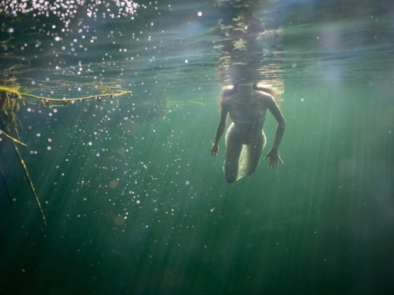 Julieta-Underwater-Photography-Portraits-15
