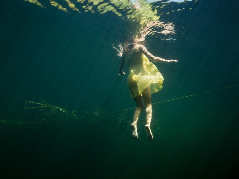 Julieta-Underwater-Photography-Portraits-6b